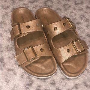Dirt laundry slip on shoes